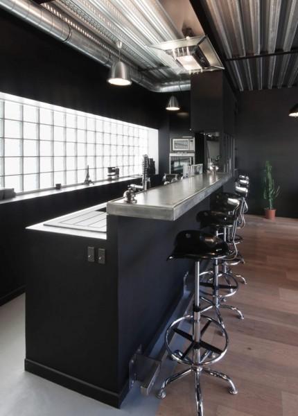 L'Atelier Gérald Bell et Sof Architectes : bar en étain sur mesure