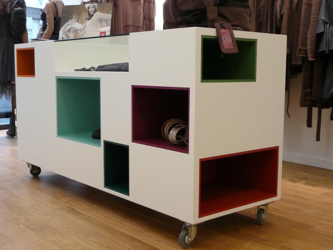 mobilier boutique